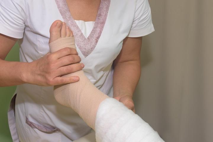 a karok és a lábak remegése magas vérnyomásban