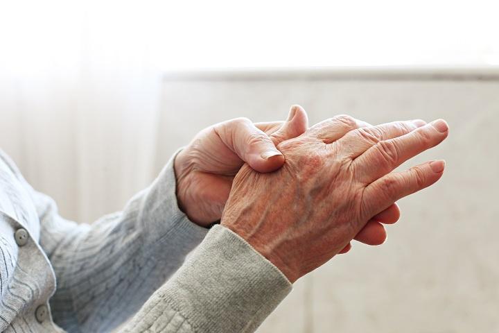 a kéz reumatoid artritiszének kezelése)