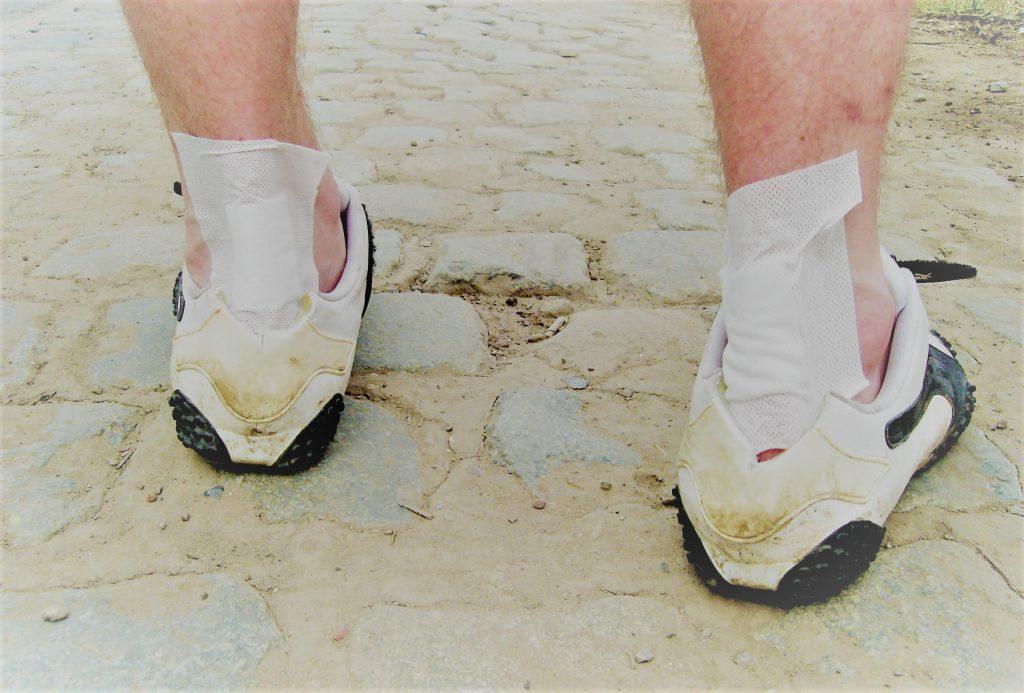 fájdalom az alsó ízületekben a lábakon vásároljon chondroitint glükózaminnal 80
